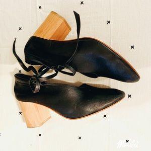 Eva Credo Wooden Heel Pump Booties
